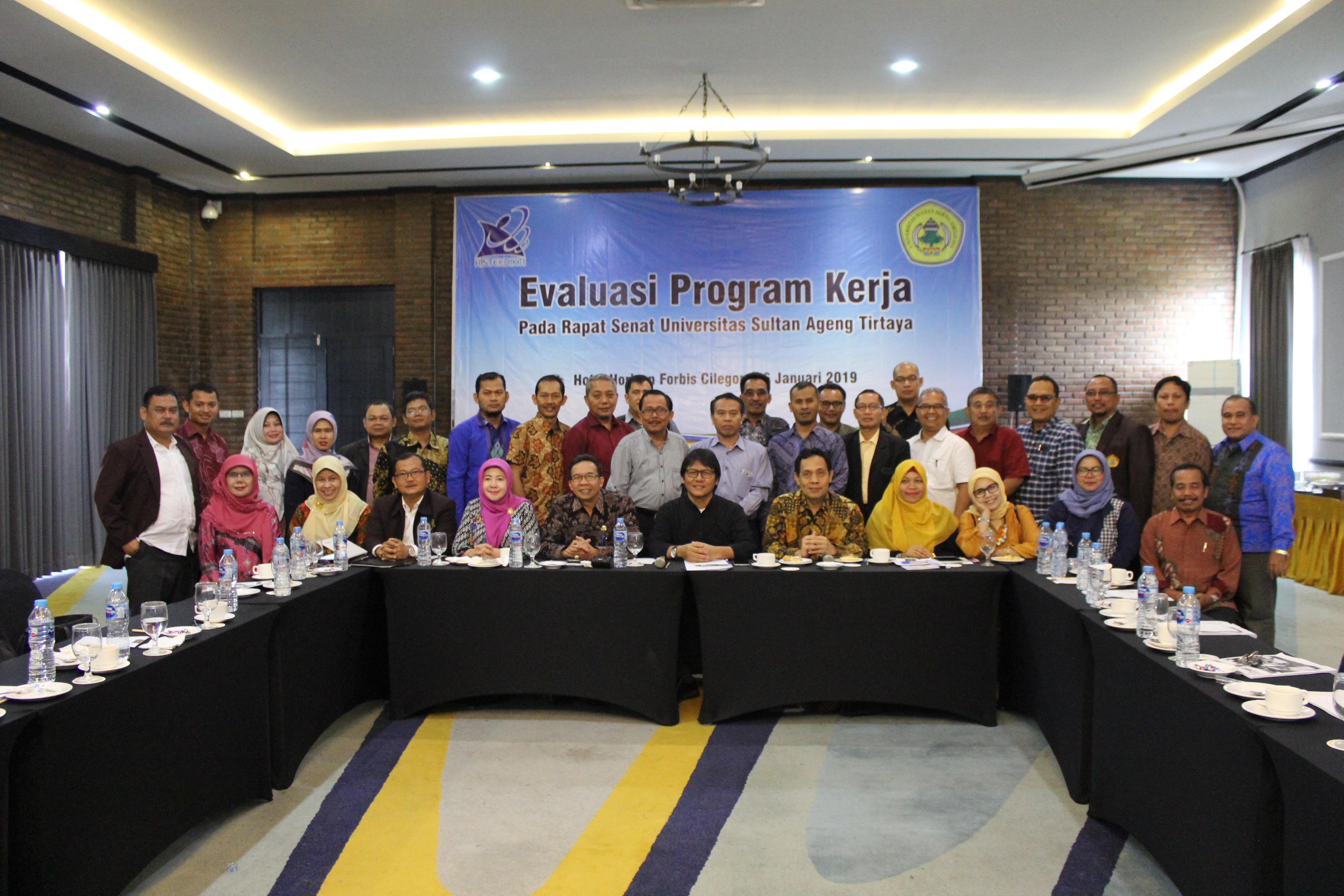 Evaluasi Program Kerja Senat Untirta