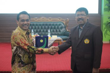 Faculty of Economic and Business of UNTIRTA and Directorate General of Fiscal Balance of Ministry of Finance Carried Out Joint Activity