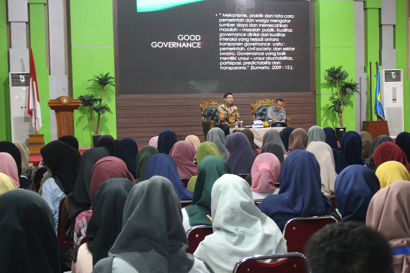 "Public Lecture Held on ""The Role of Students and the Challenges of Realizing Good Governance"""