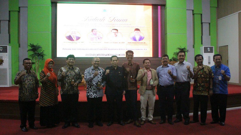 (Bahasa) Rektor Untirta Membuka Acara Kuliah Umum Prodi D III Akutansi FEB Untirta