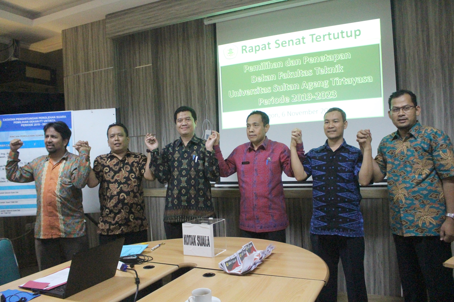 (Bahasa) Sidang Senat Tertutup FT Tentukan Dekan Periode 2019 – 2023