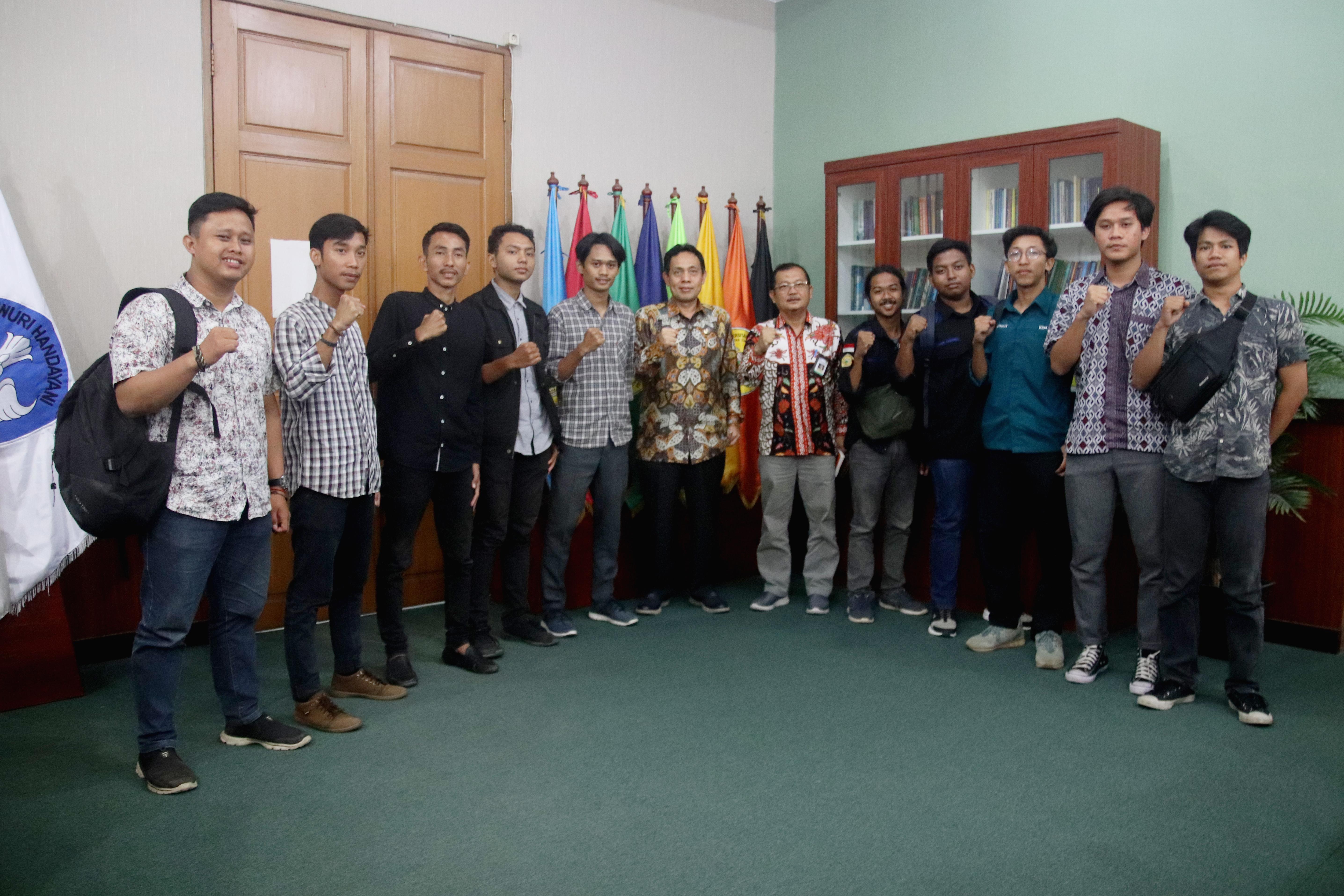(Bahasa) Rektor Untirta Gelar Audiensi dengan Presma dan Ketua BEM Fakultas perihal Tarif Layanan Fasilitas